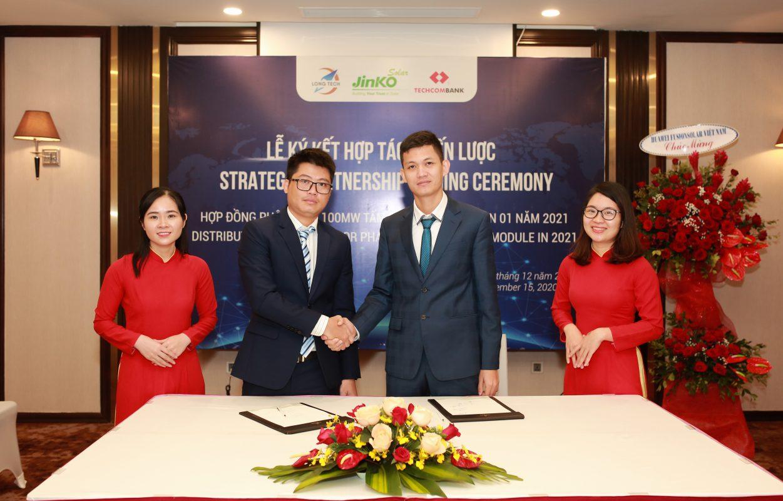 Jinko Solar và Long Tech ký thỏa thuận phân phối 100MW tấm năng lượng mặt trời Jinko