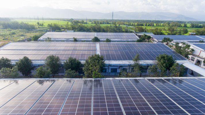 Lắp điện mặt trời năm 2021